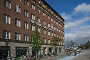 international-house-1000